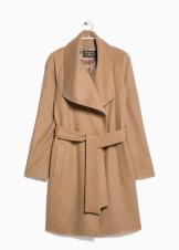 Cruzado con mezcla de lana de Mango - http://shop.mango.com/ES-ca/p0/dona/articles/abrics/abrics/abric-llana-solapes/?id=31047505_13&n=1&s=prendas.abrigos&ident=0__0_1416901057272&ts=1416901057272